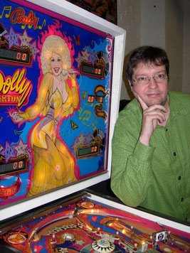 "Heribert Eiden mit Flipper ""Dolly Parton"" von Bally"