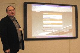 Matthias Mitzschke erläutert die digitale Toolbox in der Noordelijke Hogeschool Leeuwarden.