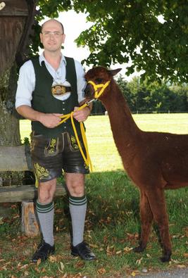 Manfred Feicht mit Alpaca Betty