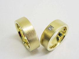 Trauringe, 750er Gold, klassisch, schlicht, modern.