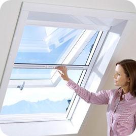 Insektenschutzrollo, Fliegenrollo, Insektenschutz für Dachfenster, Fliegenrollo für Dachflächenfenster