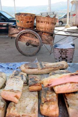 Shaxi Freitag Markt