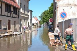 Scheitelwelle Bernburg erreicht 07. Juni