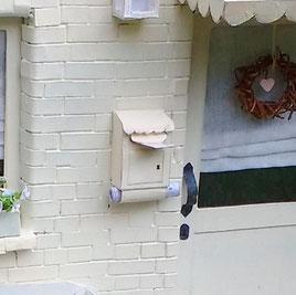 Briefkasten für Wichtel basteln