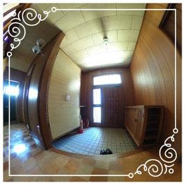 1階玄関↓パノラマで内覧体験できます。↓