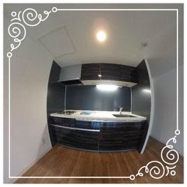 キッチン↓パノラマで内覧体験できます。↓ユニテ201号室-Uinte-201