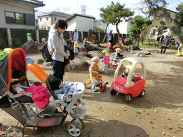 古町保育園の1,2歳児が遊びにきてくれました。