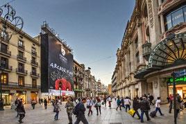 шоппинг в Барселоне, улица Портал Ангела