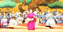 八重山古典音楽協会関東支部の合奏=13日、東京都板橋区