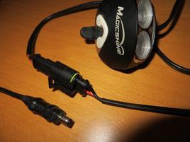 Reparierte Steckverbindung am Lampenkopfkabel