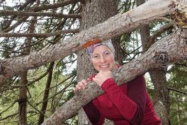 Irene Fink, Dipl. Outdoorguide, Erlebnispädagogin, Bergwanderführerin und Kräuterpädagogin