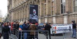 Manifestation FFMC PPC devant l'exposition Coluche le samedi 10 décembre 2016 à l'Hôtel de Ville de Paris