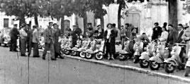 Rassemblement de scooteristes à Malesherbes