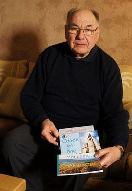 L'abbé Gandon met en lumière le patrimoine de sa paroisse dans des livrets.