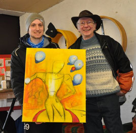 Sören mit dem Künstler Detlev und seinem Bild