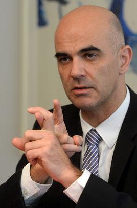 Sozialminister Alain Berset will den Kreis der Versicherten in der 2.Säule erweitern.