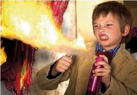 Los gases que llevan los aerosoles son inflamables