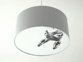 Schlichter Lampenschirm mit herausnehmbarem Motiv