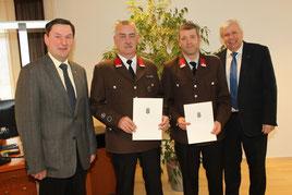 vlnr.: Bürgermeister Johann Bachinger, LM Stefan Binder, LM Günther Winkler, Mag. Johann Heuras