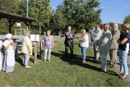 Inauguration des trois tilleuls plantés en l'honneur des maires honoraires du village. Photo L'Alsace