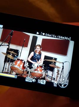 Schlagzeugerin bloggt