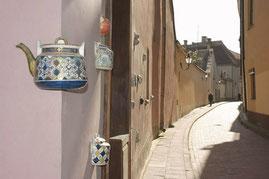 Vilniaus senamiesčio skersgatvis / An alley-way in Vilnius old town (photo Gintaras Burba)
