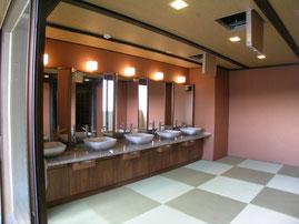 飛騨・ホテル・温泉・脱衣場・洗面台