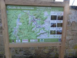 Panneau de départ réalisé sur la commune de Fourdrain