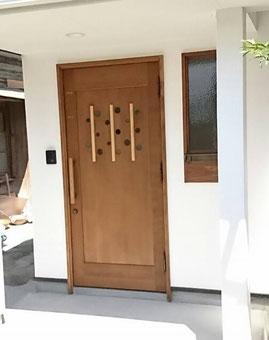 木製 玄関ドア 個性的