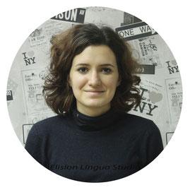 Aurelia сертифицированный частный преподаватель носитель французского языка.