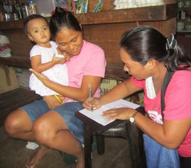 Manille. Suivi à domicile avec l'association ENFANCE