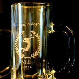 ビアジョッキ ビールジョッキ 大会記念品 卒業記念 名入れ彫刻