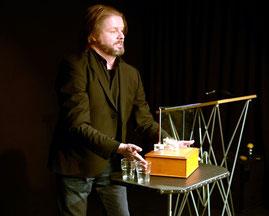Die Spiegelillusion - Christian Knudsen, Zauberer in Hamburg