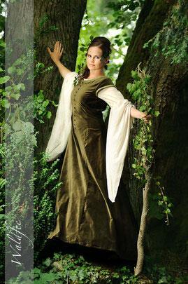 mittelalterliche Gewandung, Mittelalterkleid