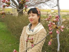 蕾の桜と YukiTachibana あおい夢工房 炎と楽園のアート