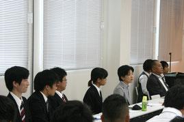 来賓の方々と参加学生