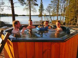 Hottub am See, Hottub mit Seeblick, Hottub in Lappland