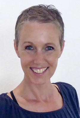 Yogalehrerin Claudia Branss-Tallen