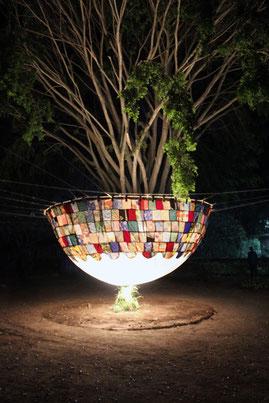 Soirée d'inauguration de la semaine de sensibilisation aux changements climatiques à l'Alliance Française d'Arusha en Tanzanie avec l'installation de l'artiste Laurent Valera