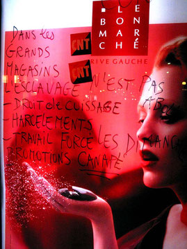 Journée internationale contre les violences faites aux femmes, Paris, novembre 2004
