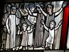 Folla che acclama il messia entrando a Gerusalemme- benedizione palme- pasqua- domenica delle palme