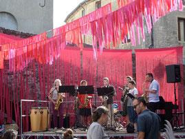 décor de scène pour concerts et festivals de musique
