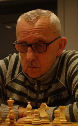 Joachim Langer gewann das vereinsinterne Duell. (Foto: A. Obdenbusch)