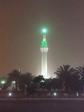 Minarett im abendlichen Sandsturm