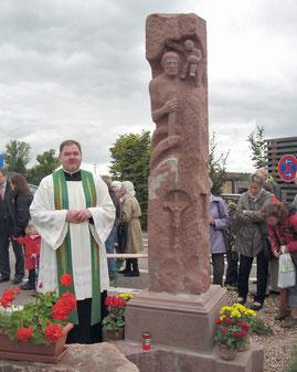 In 2011, genau 200 Jahre nach der Gründung von Neumalsch wurde die Christophorusstatue von Pfarrer Thomas Dempfle eingeweiht (Foto Heimatfreunde Malsch)