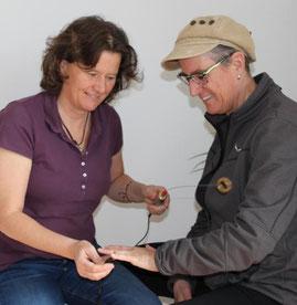 Austesten mit der Einhandrute (Biotensor)