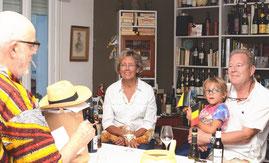 Michel (en zijn hoed), Annemie, Elliot, Dierik