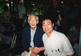 2002年8月   夏休みに軽井沢で北杜夫さんとパチリ