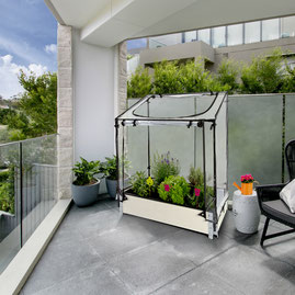 ©Nortene, Modulo Garden avec sa mini serre Aroma Nursy