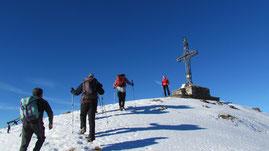 Arrivo in vetta al monte Massone m. 2161